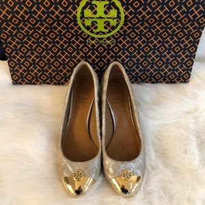 Tory Burch caitlyn cap gold cap toe gold quilted